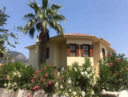 Detached Villa Weekly Rental Sea Garden