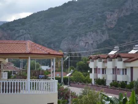 Dalyan'da Müstakil Yüzme Havuzlu Haftalık Kiralık Villa Ebru